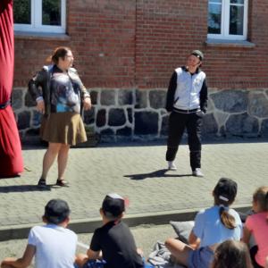 """Teatr """"Kurtyna"""" w naszej szkole"""